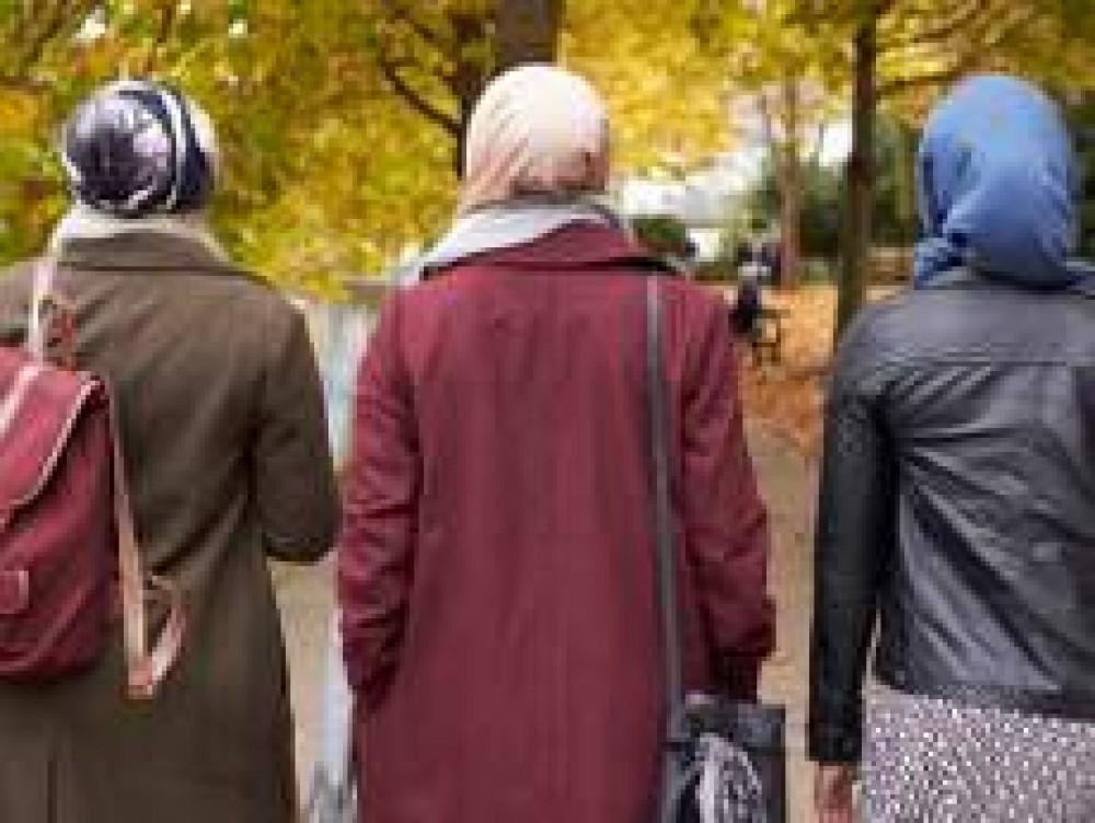 skyline-muslim-women.jpg